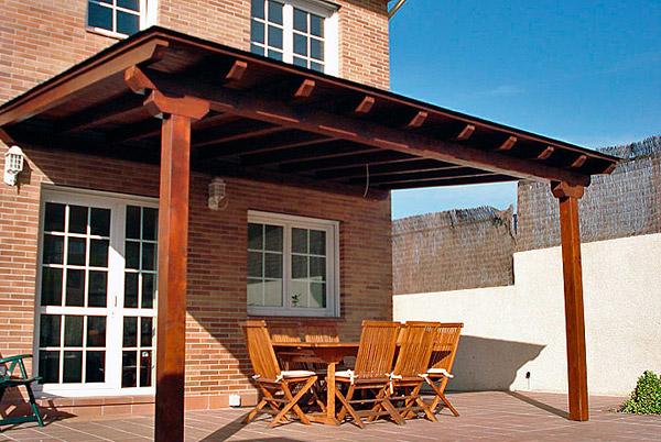 Cubiertas de madera casas de madera estructuras de - Pergolas y porches ...